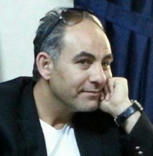 صورة د. رياض ياسين