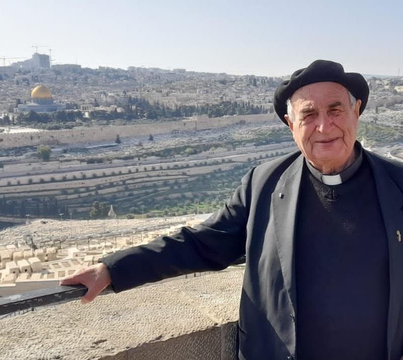 """""""مانويل مسلم"""" يدعو المسيحيين للدفاع عن المسجد الأقصى 184338968_3254696424"""
